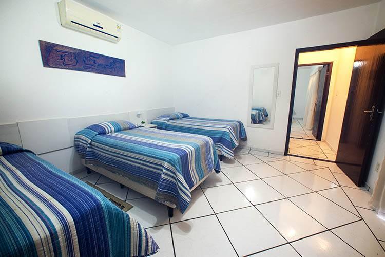 Apartamento Conjugado Casal com 03 Acompanhantes